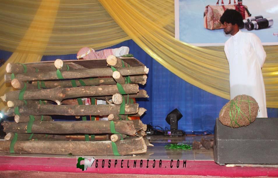UNREASONABLE GOD with Damola Akiogbe WAYA 2017 [@DamolaWAYA] (29)