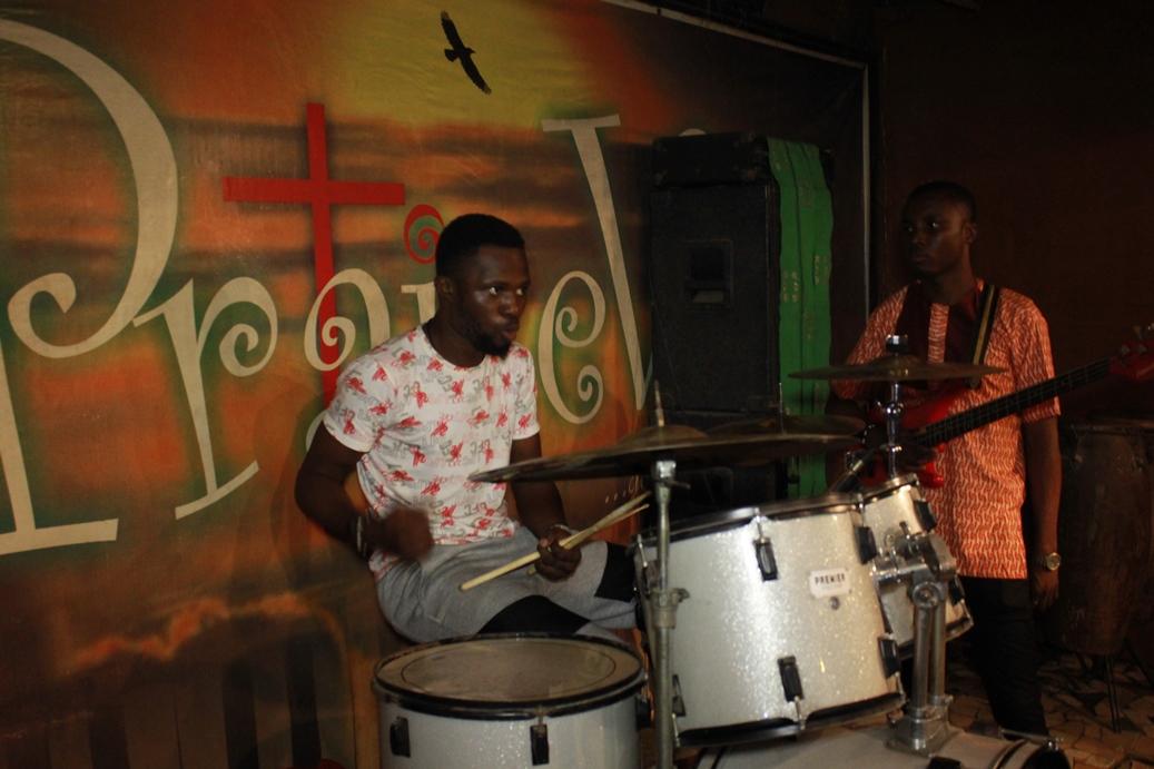 #VSticks on the drums - OPEN MIC SESSIONS @ PRAISEVILLE OCT 2015 (100)