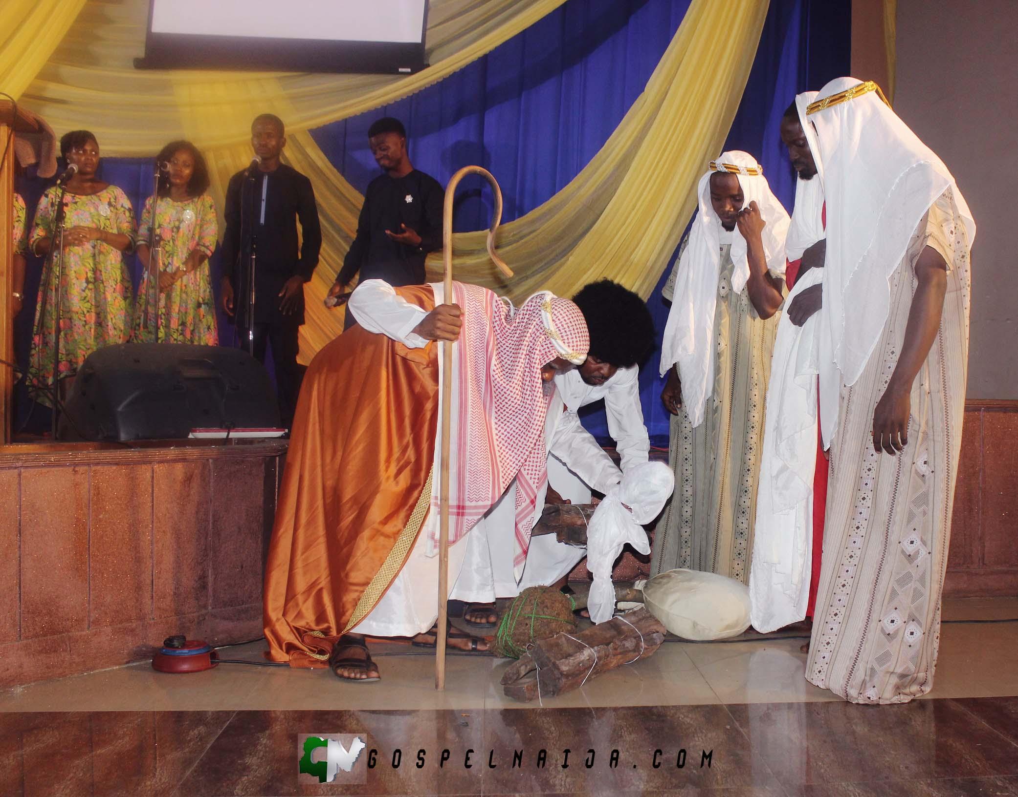 UNREASONABLE GOD with Damola Akiogbe WAYA 2017 [@DamolaWAYA] (19)