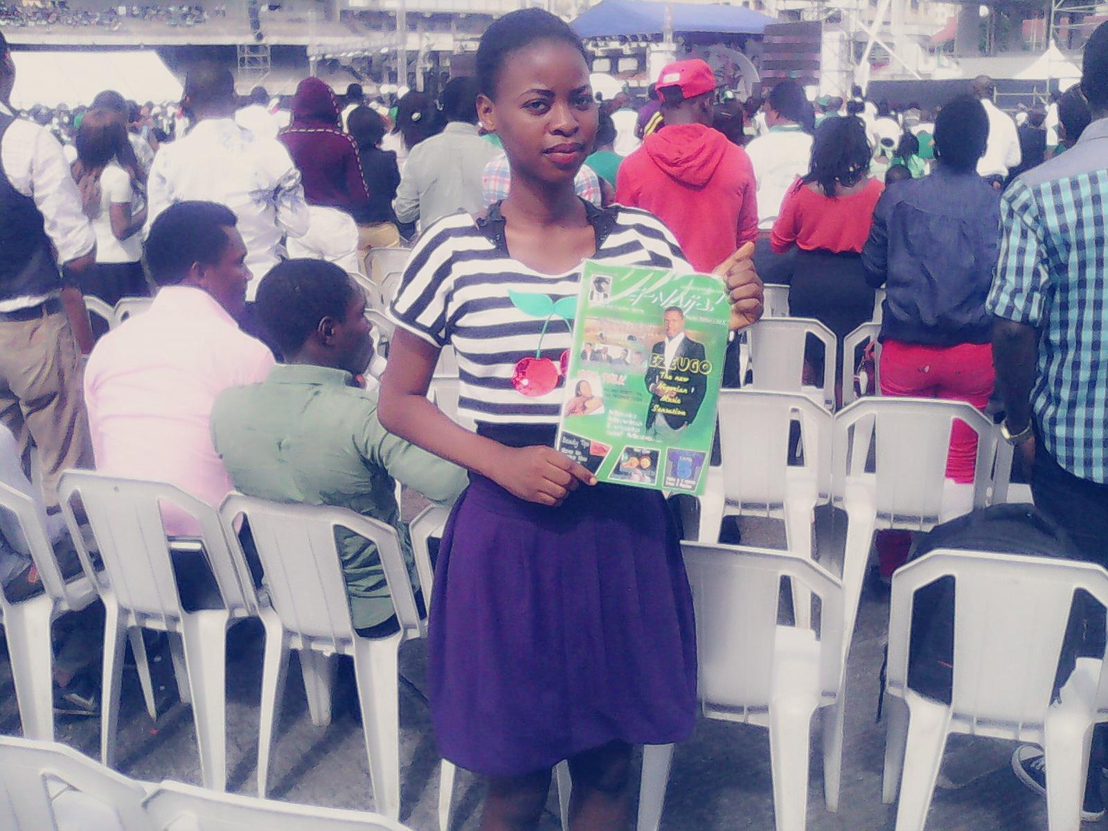 @Oyindamola15 posing with G-Naija Mag #1